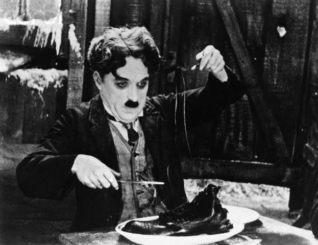 Gülmek: Charlie Chaplin – Selin Süar