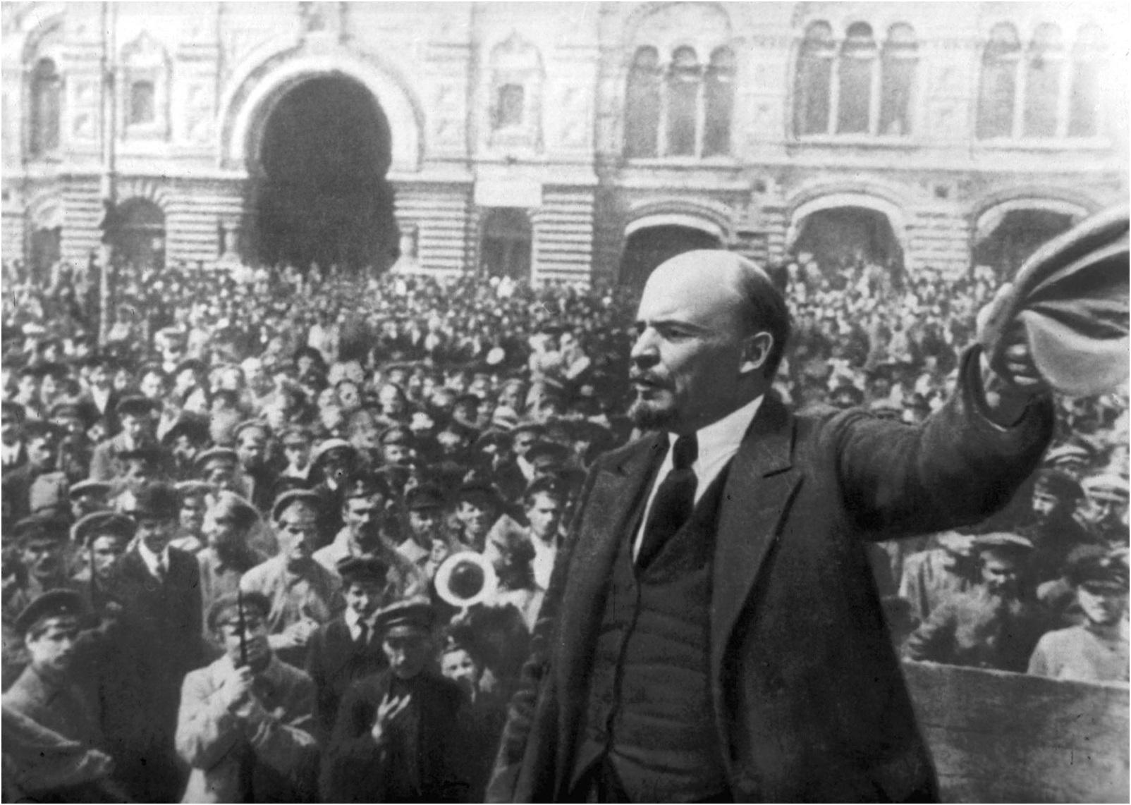 Ekim Devrimi'nin yıldönümünde BSM'den Lenin Belgeseli