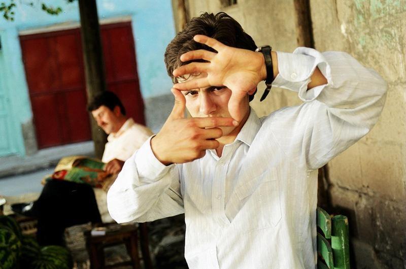 İnsan Hayal Ettiği Müddetçe Yaşar: Karpuz Kapuğundan Gemiler Yapmak – Ahmet Dönmez