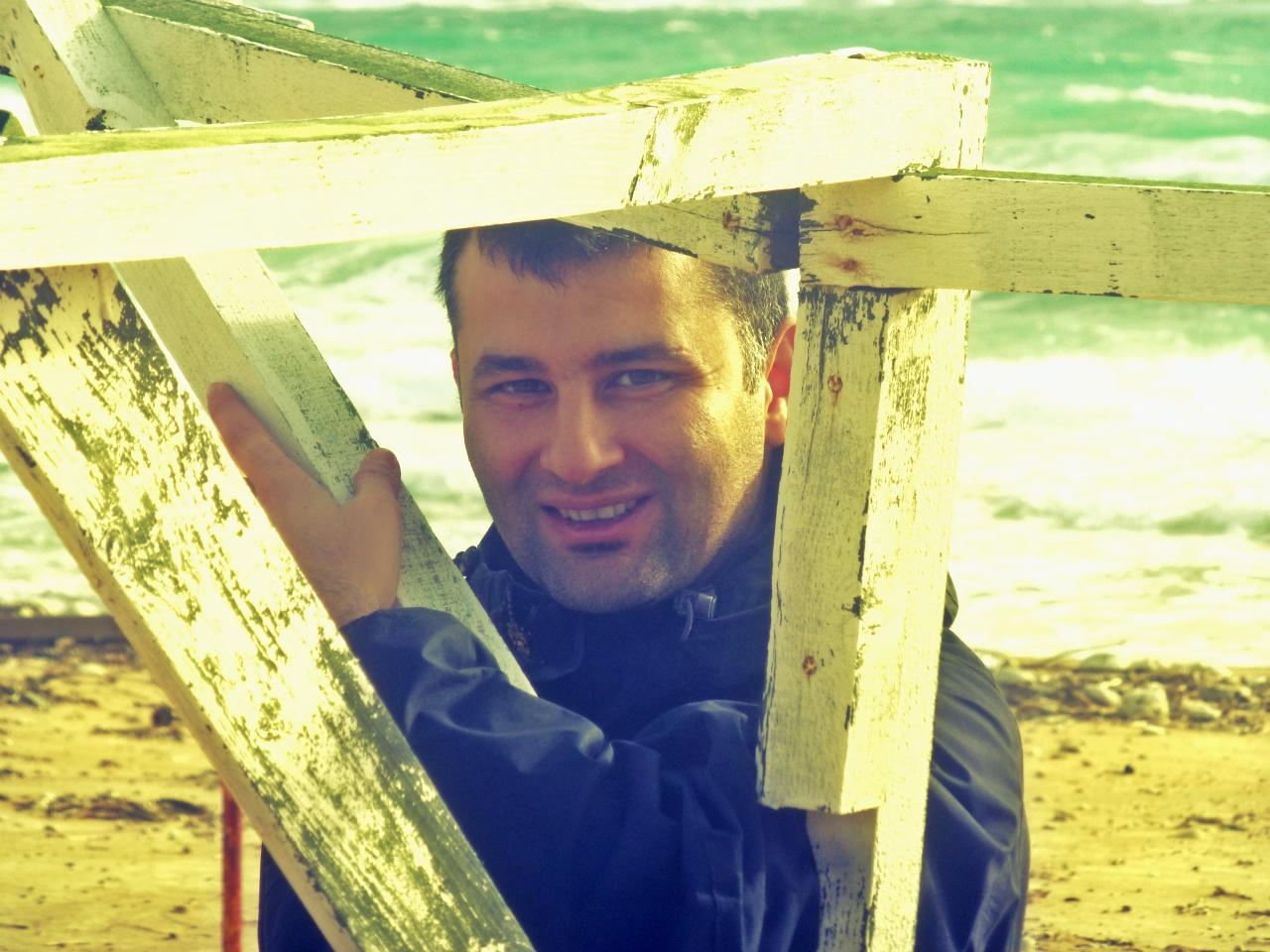 Fırat Tunabay Bozcaada Haber'de Yazdı: Resif ve Köpekbalıkları