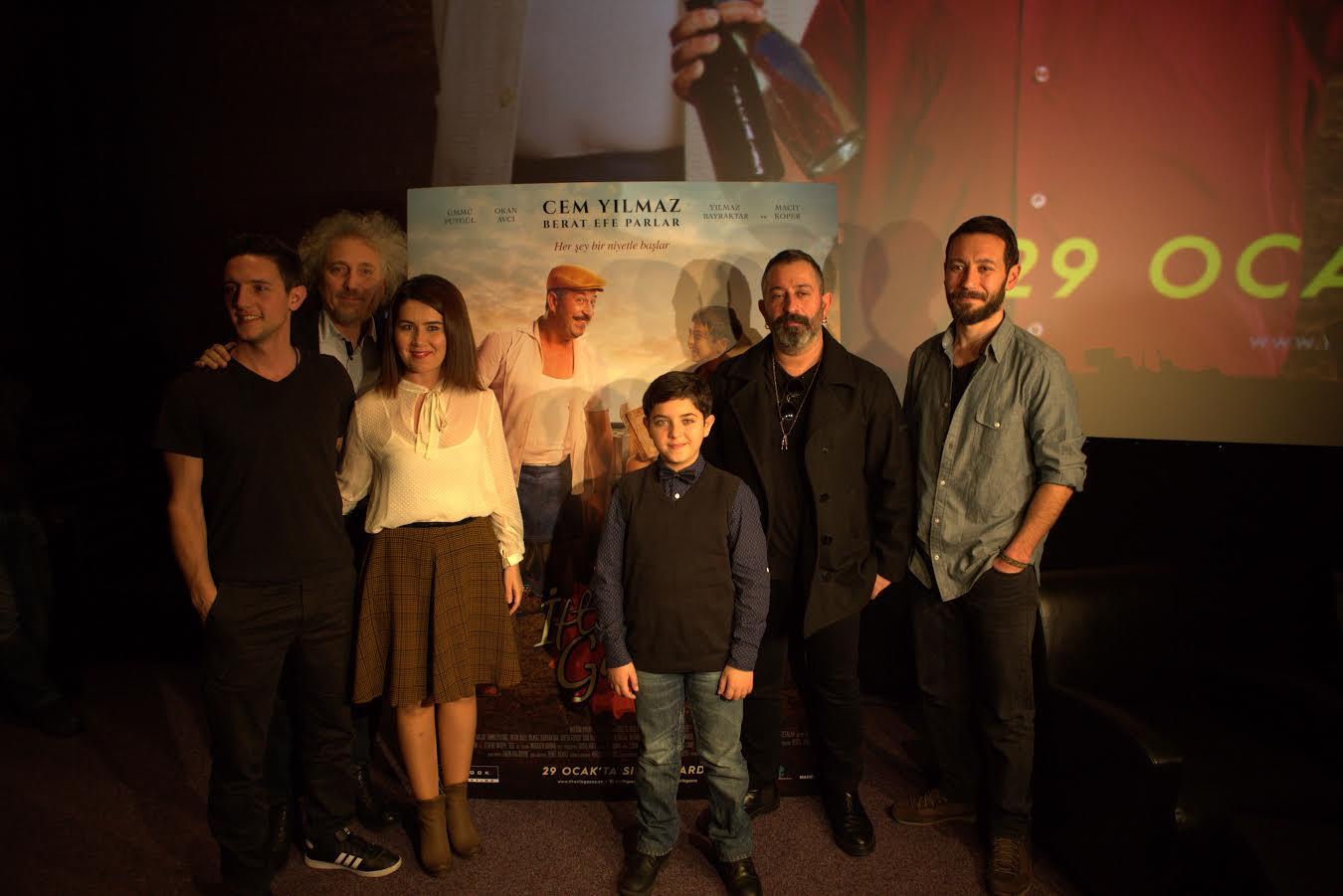 Eleştirmen Ali Rıza Özkan, Sinema Emekçilerinin İsyanını Yazdı
