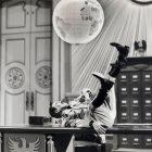 Charlie Chaplin Filmlerinde Kullanılan Politik Göstergeler - Orçun Üzüm